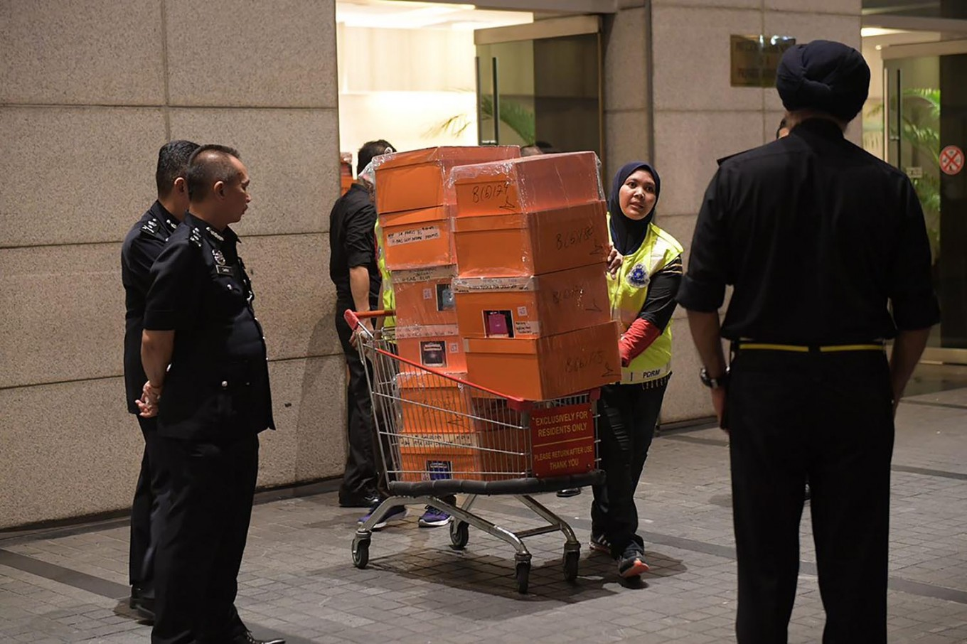 Items worth $273 m seized linked to Malaysia ex-PM: police