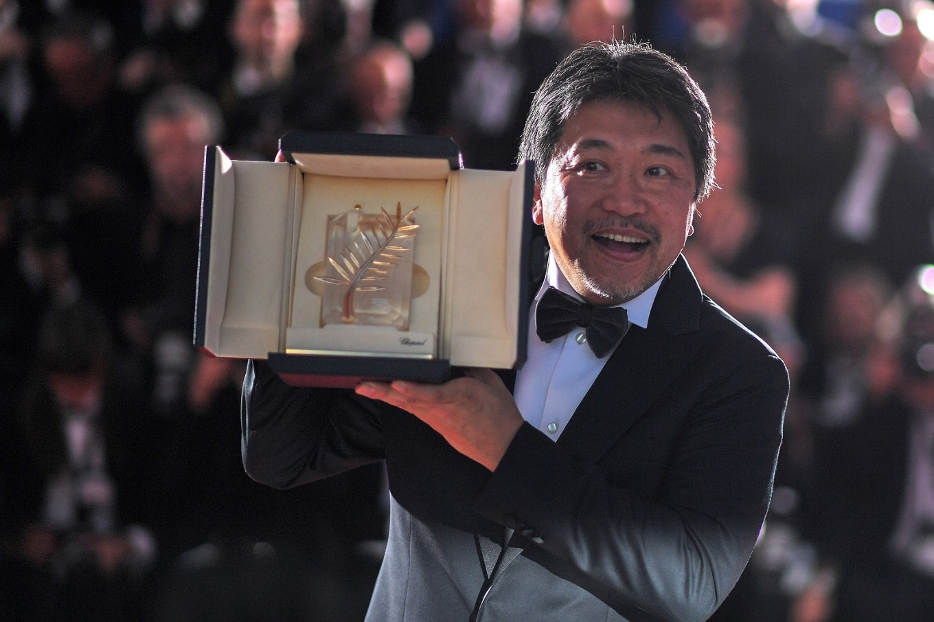 Japan wins Cannes top prize after Weinstein accuser takes stage