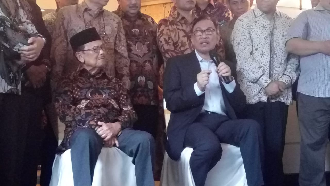Anwar Ibrahim: I'm not in a hurry to join Malaysia's by-election