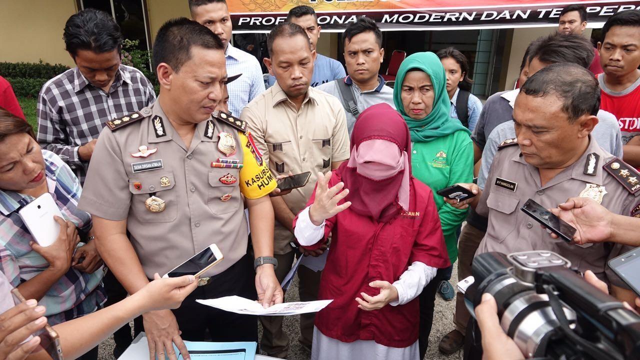 Police nab 'conspiracy theorists' following Surabaya bombings