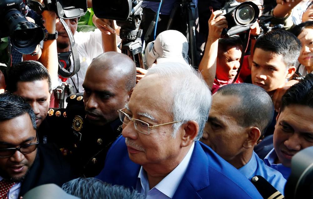 Corruption in malaysia essay
