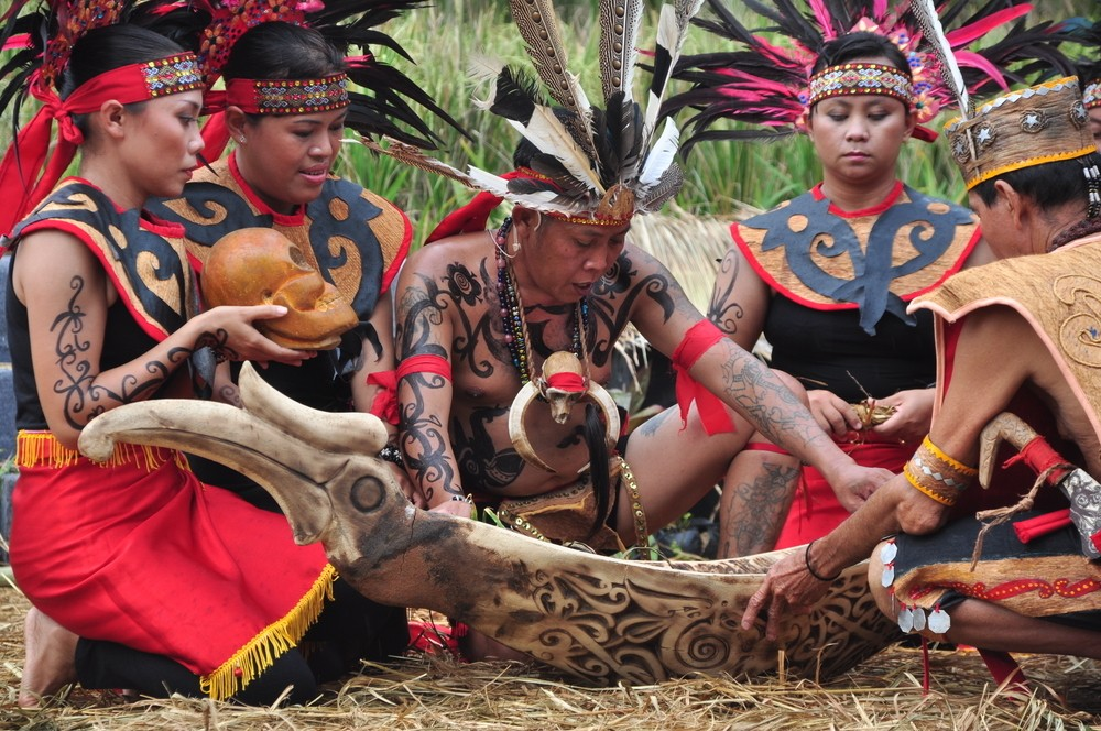 Dayak tribes perform rituals to cool electoral tensions