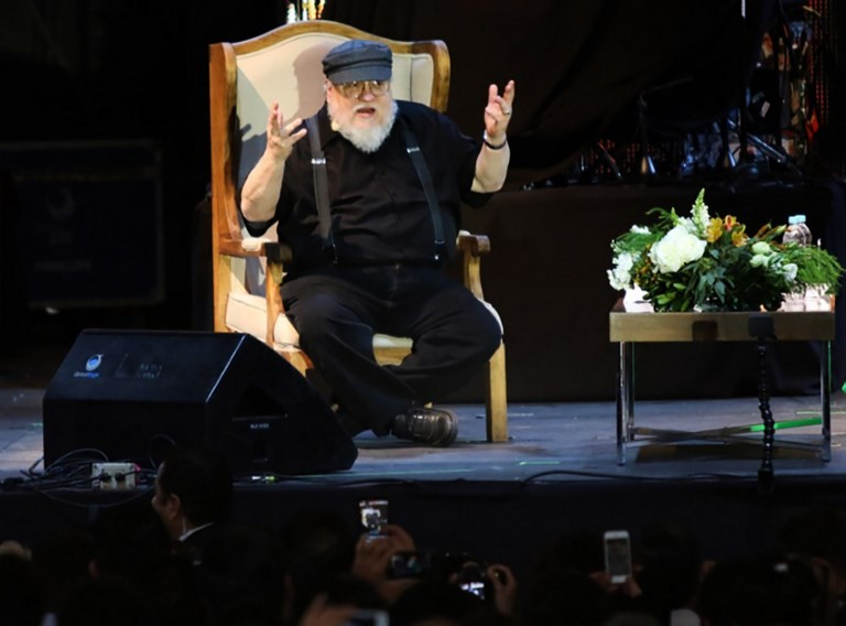Next 'Game of Thrones' book top priority, blogs Martin