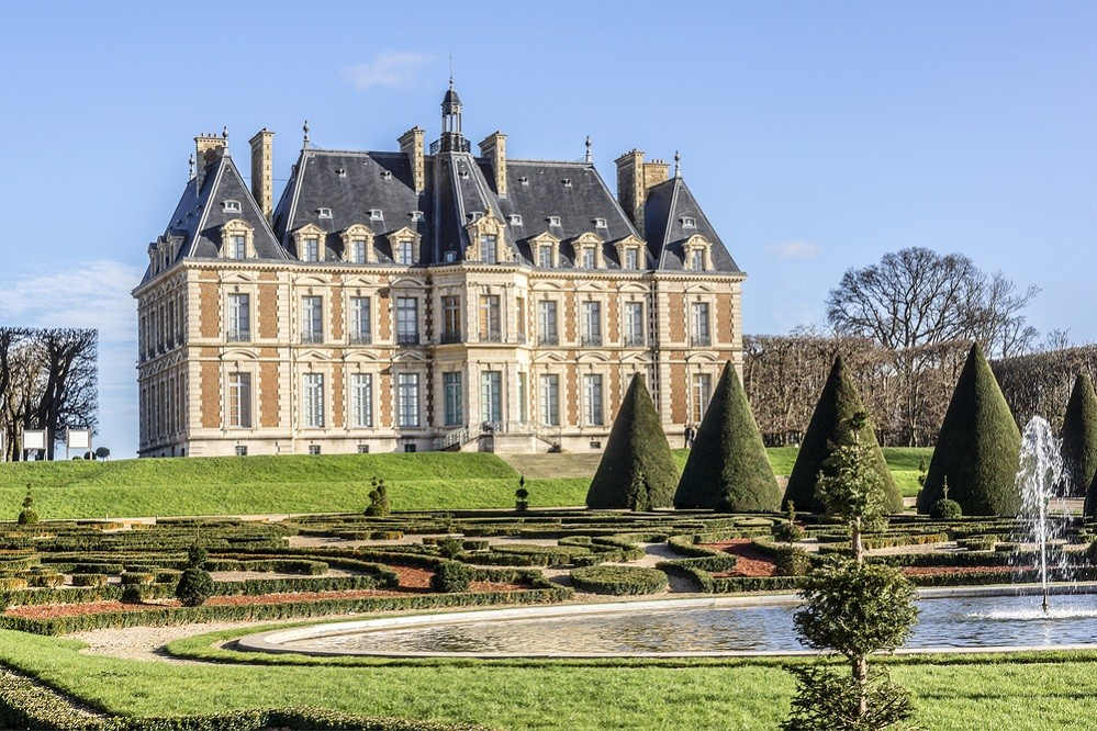French chateau could be won for 11 euros