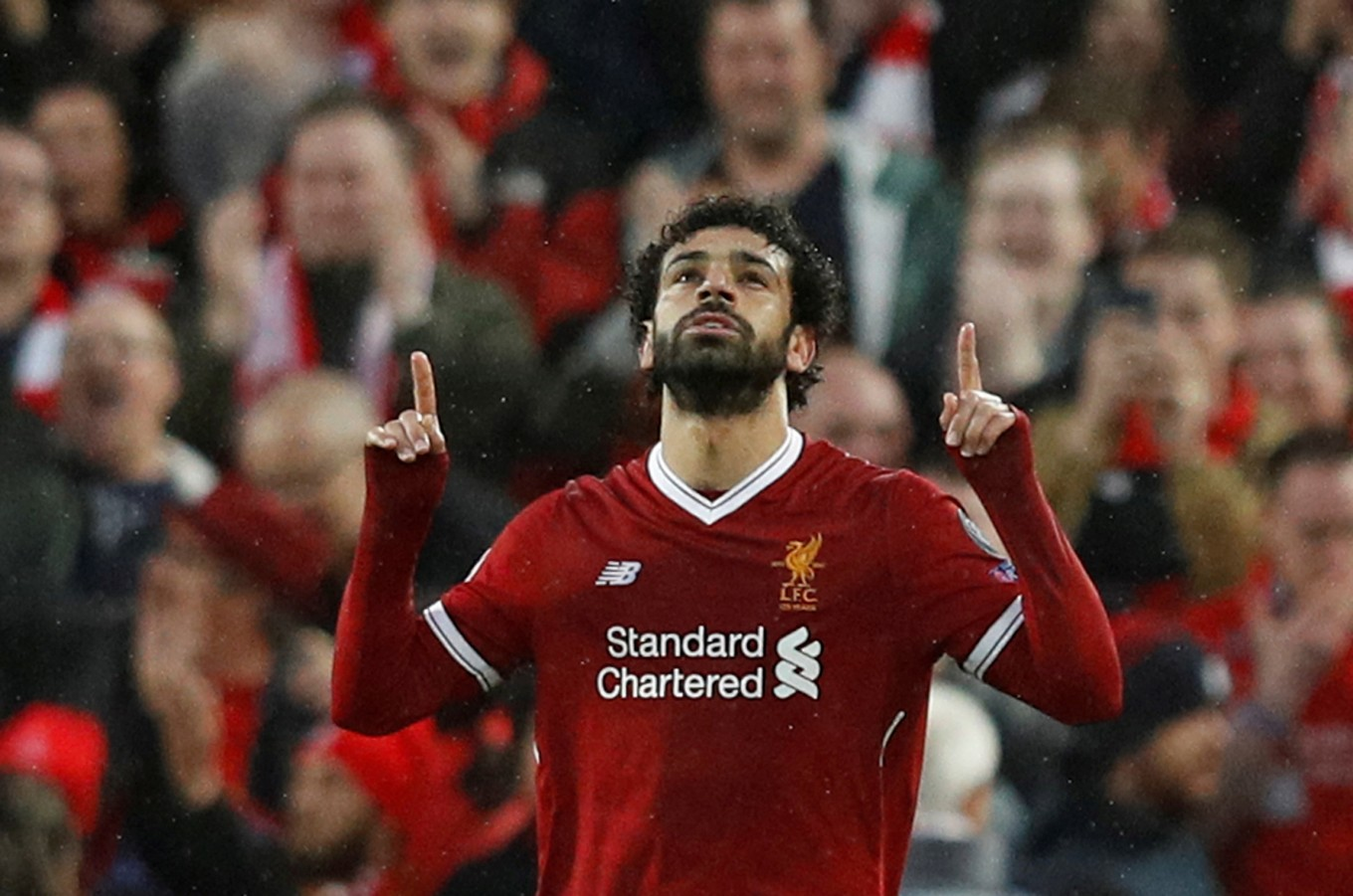 Soccer star Mo Salah gets level-headed support from Indonesian fans