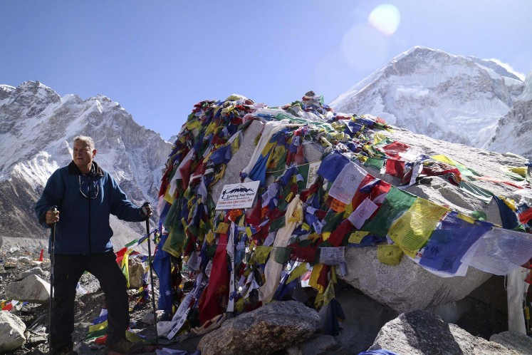 Hiking The road to Everest Base Camp