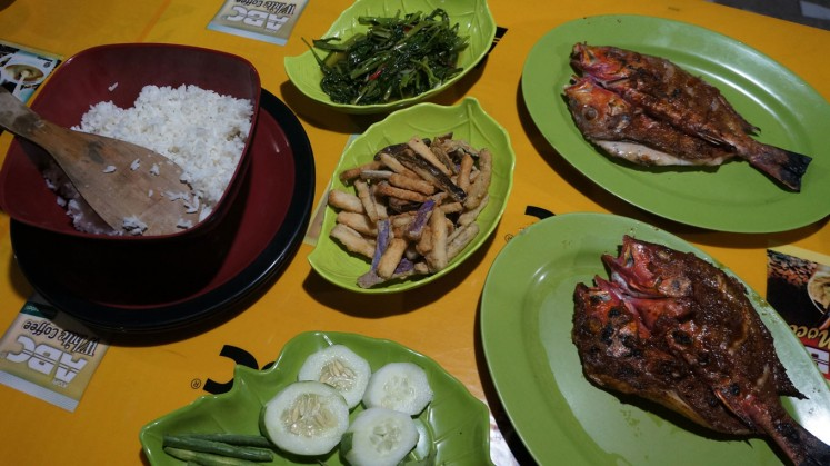 Enjoy seafood dishes in East Sumba.