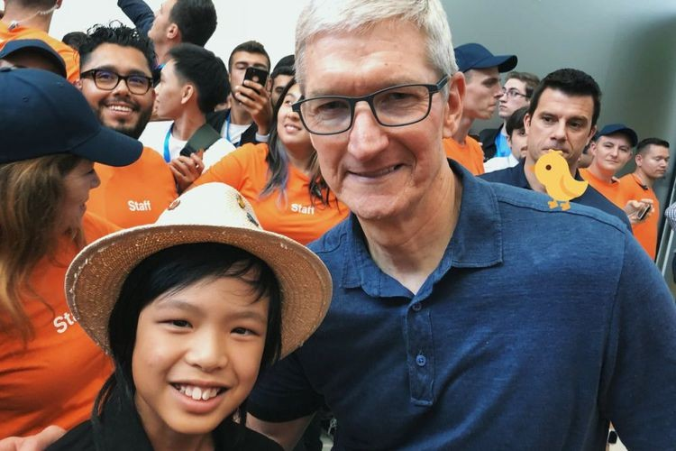 Young Indonesian programmer joins Apple CEO in Worldwide Developer Conference