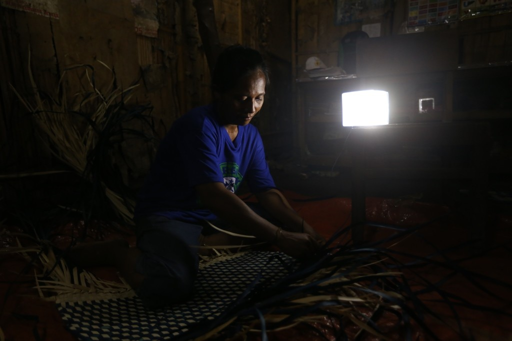 Two regencies receive donation of 3,000 solar-powered lanterns
