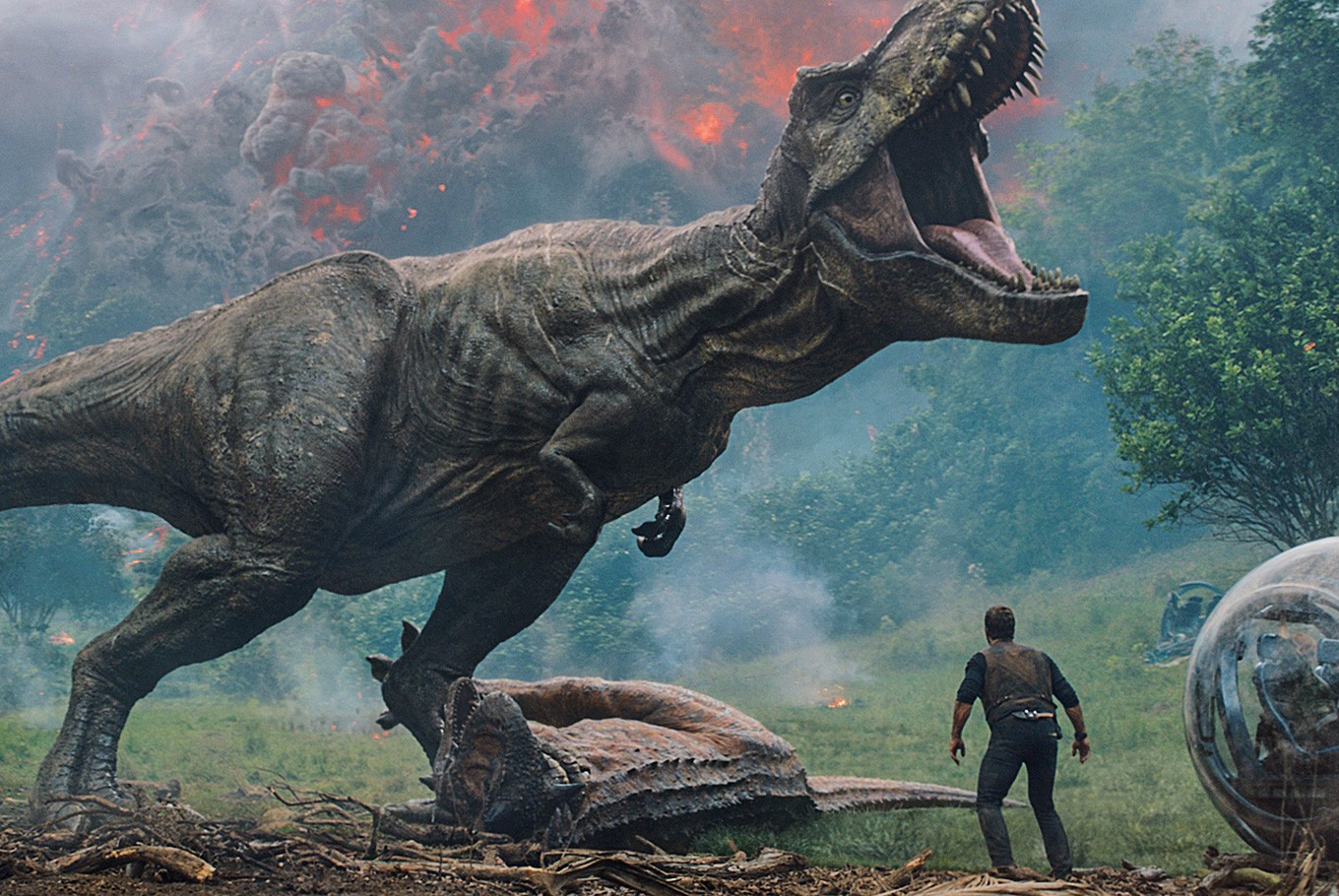 'Jurassic' dinos shake earth, boost North American box office