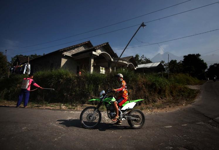 Roaring Merapi
