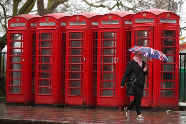 Britain's iconic red phone box reborn as tiny nightclub