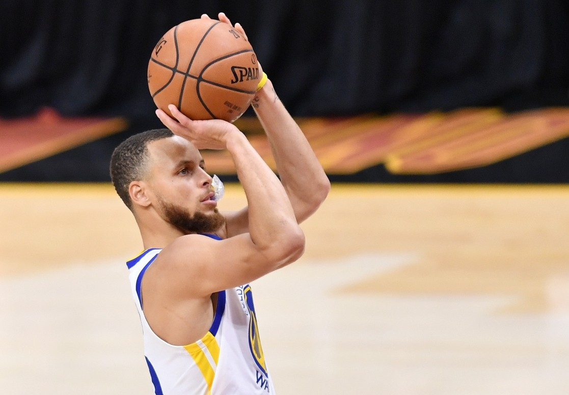 Curry says moon landing conspiracy comments a joke