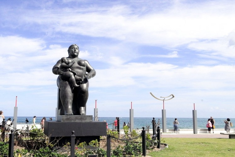 Artwork: Fernando Botero's Mother and Child statue is located close to Condado Beach. (Aruna Harjani)