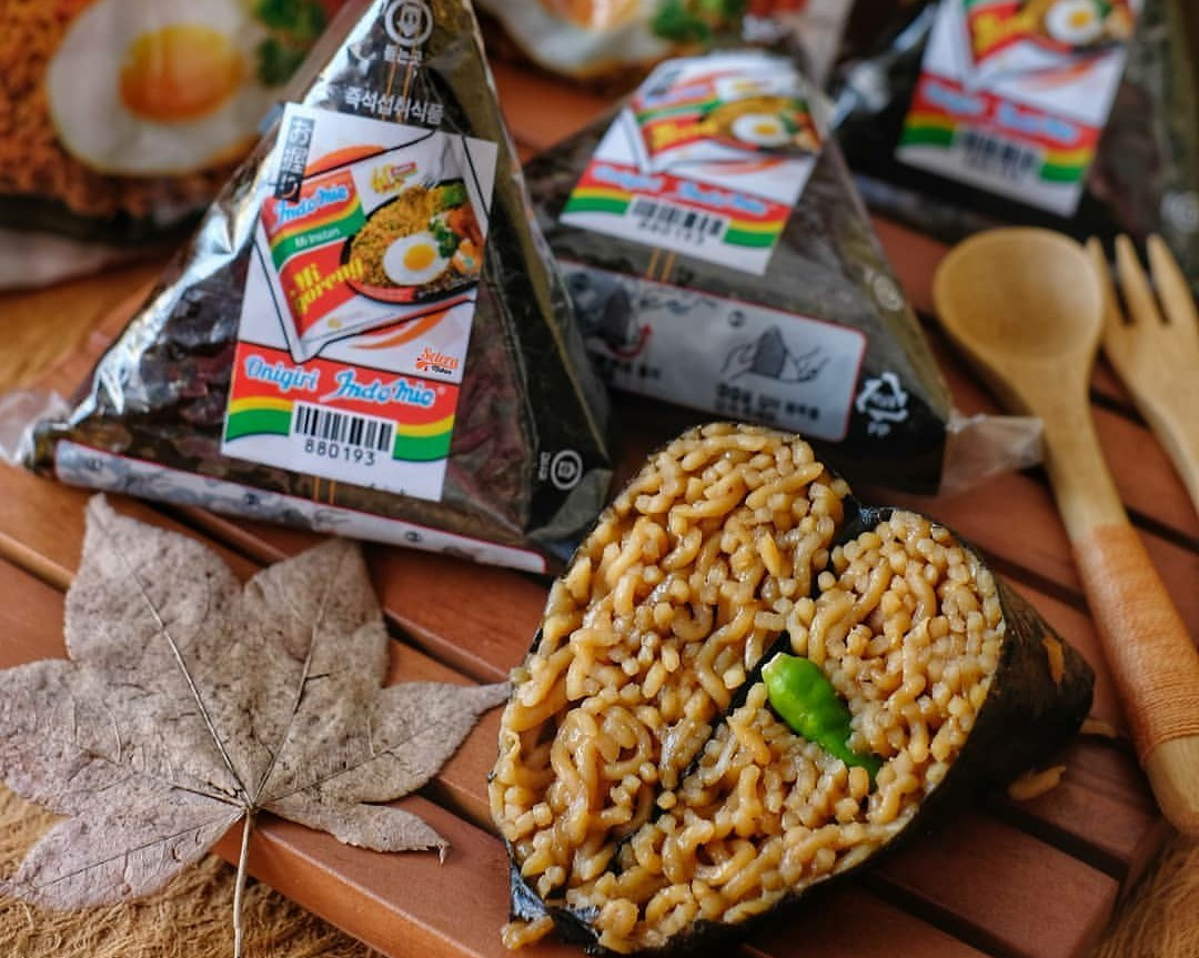 Instant noodle onigiri to follow donuts, burgers