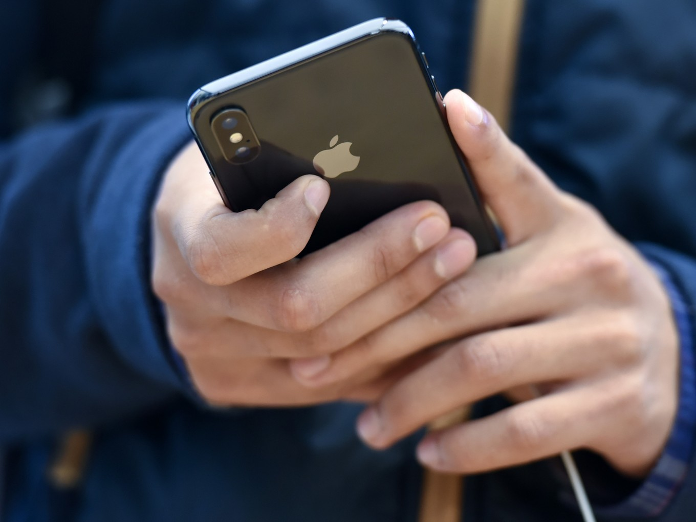 Apple tells lawmakers iPhones are not listening in on consumers