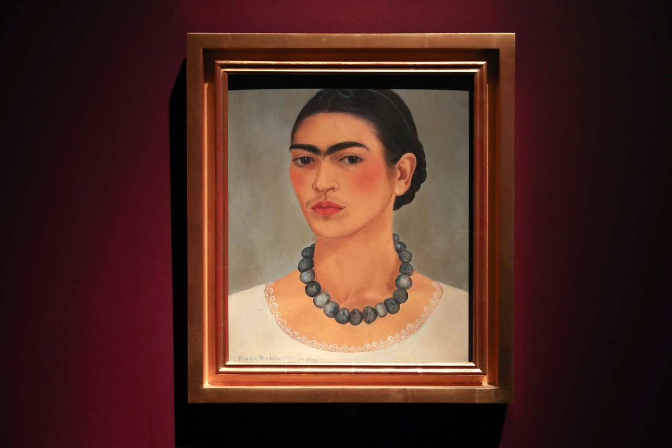 London museum explores life behind art of Frida Kahlo