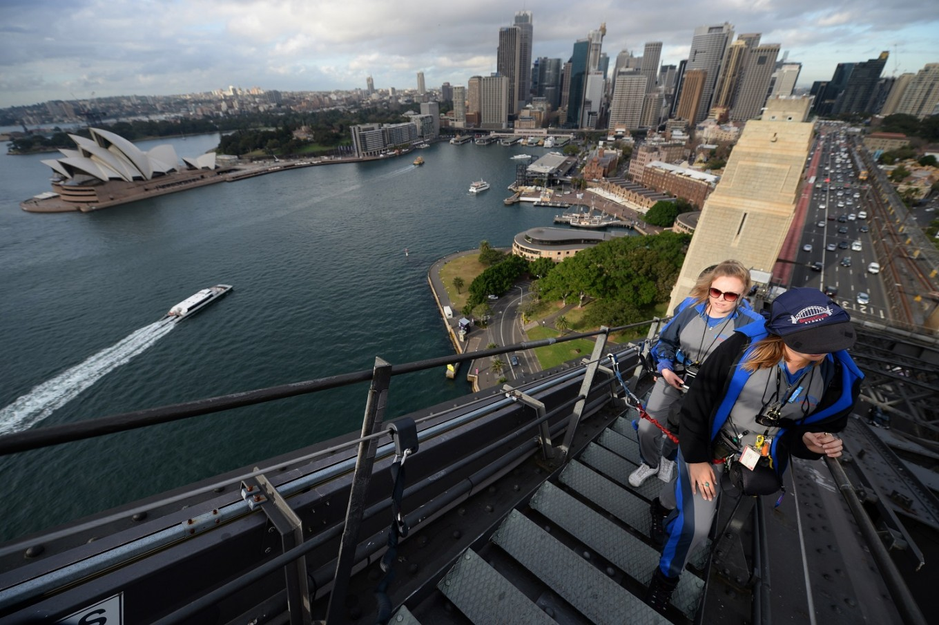 Sydney Harbour Bridge climb to get 'game changing' makeover