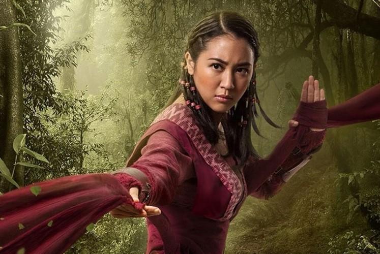 Sherina Munaf as Anggini in 'Wiro Sableng'