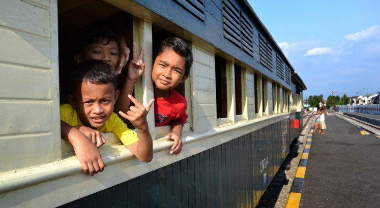 Jaladara steam train allows passengers to explore Surakarta