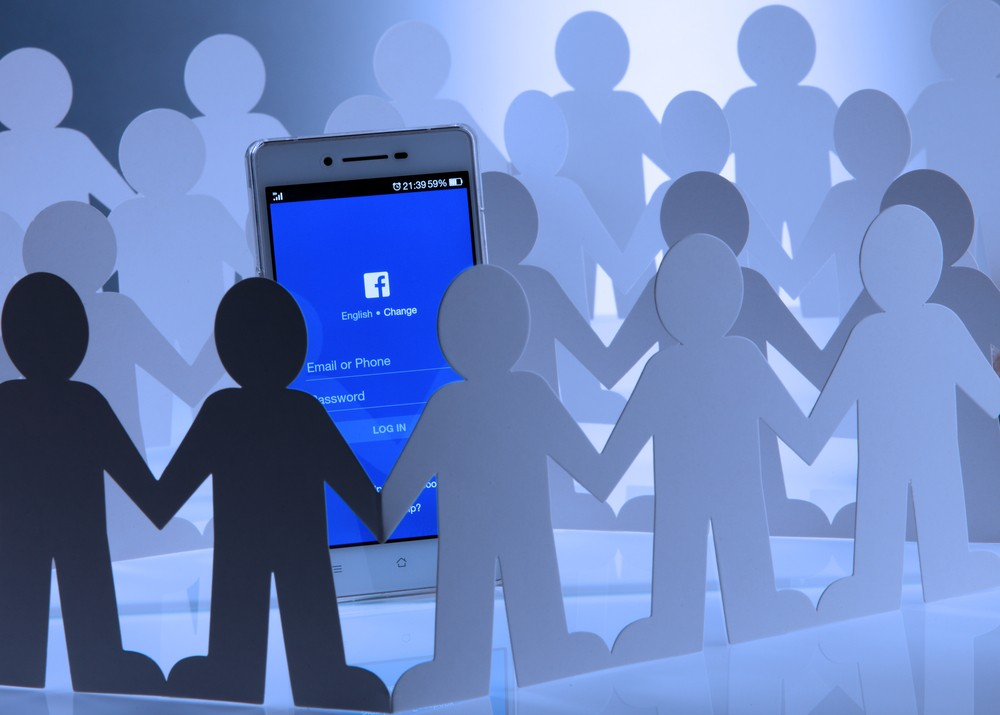 Apps send intimate user data to Facebook: Report