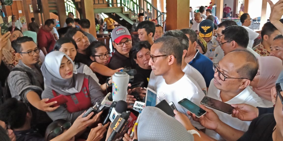 Sandiaga guarantees Sudirman-Thamrin sidewalks will be finished by end of July