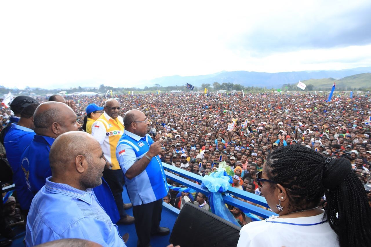 Last day of campaign in Papua festive, smooth