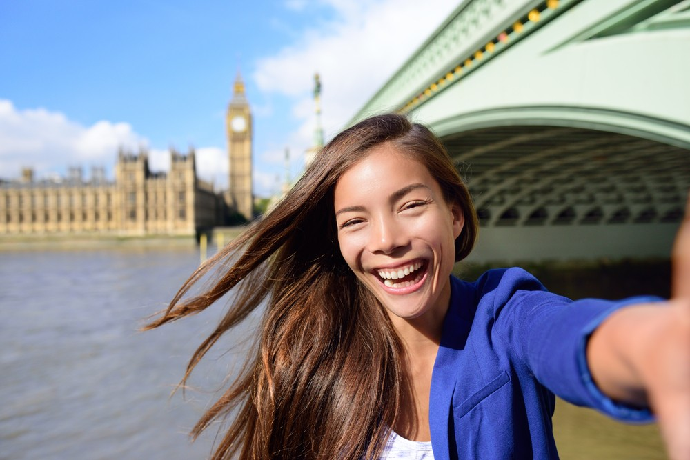 Living in a big city makes you happier, study suggests
