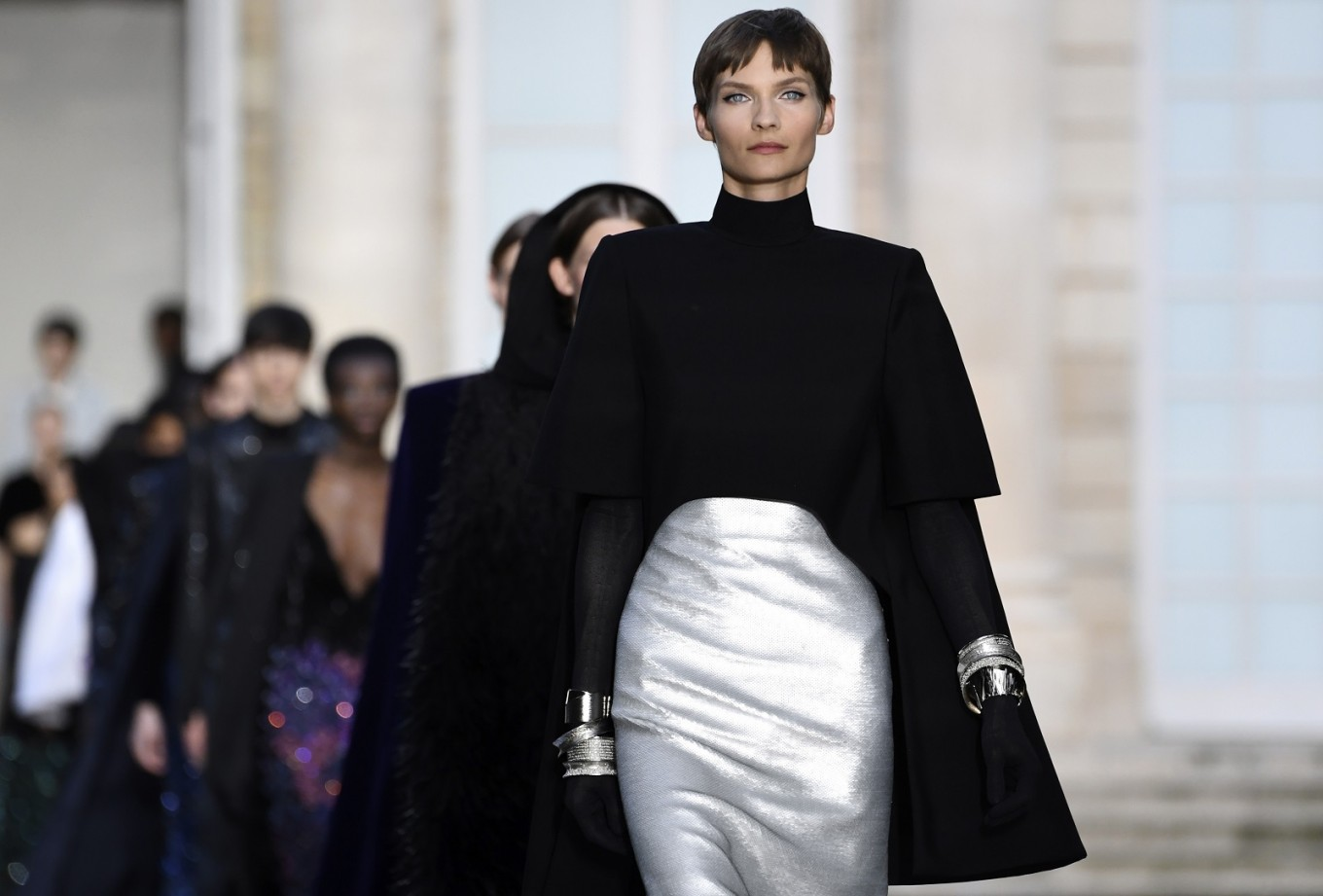 Givenchy Homage On First Day Of Paris Haute Couture Shows Lifestyle The Jakarta Post