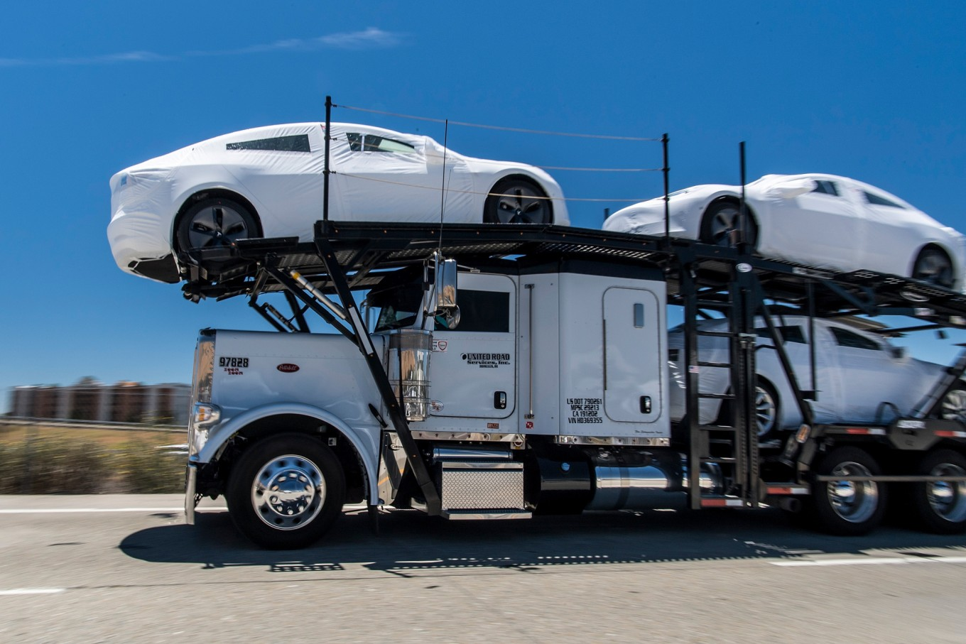 Tesla is calling some California plant workers back next week
