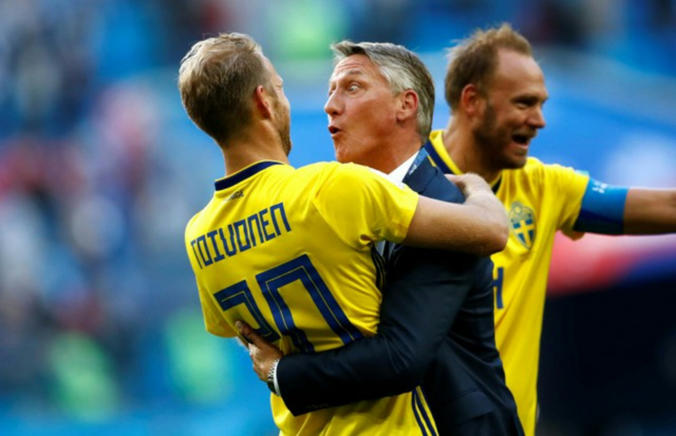 Sweden reaches World Cup last 8