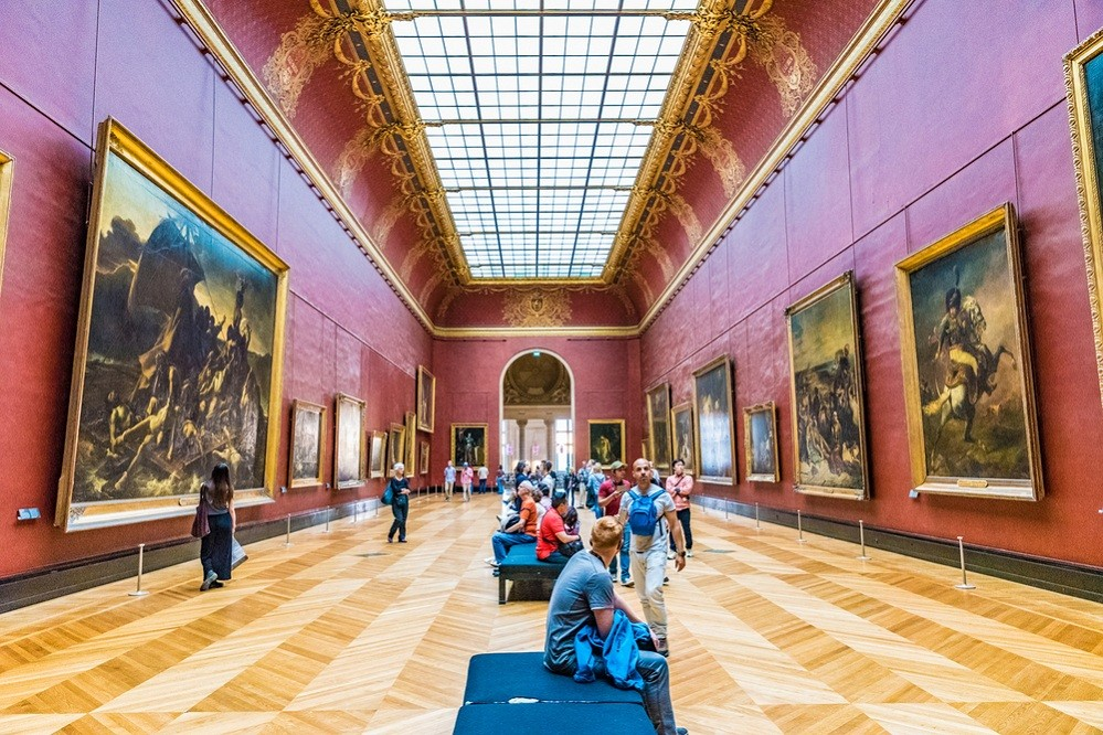 Louvre to open one Saturday night a month for free