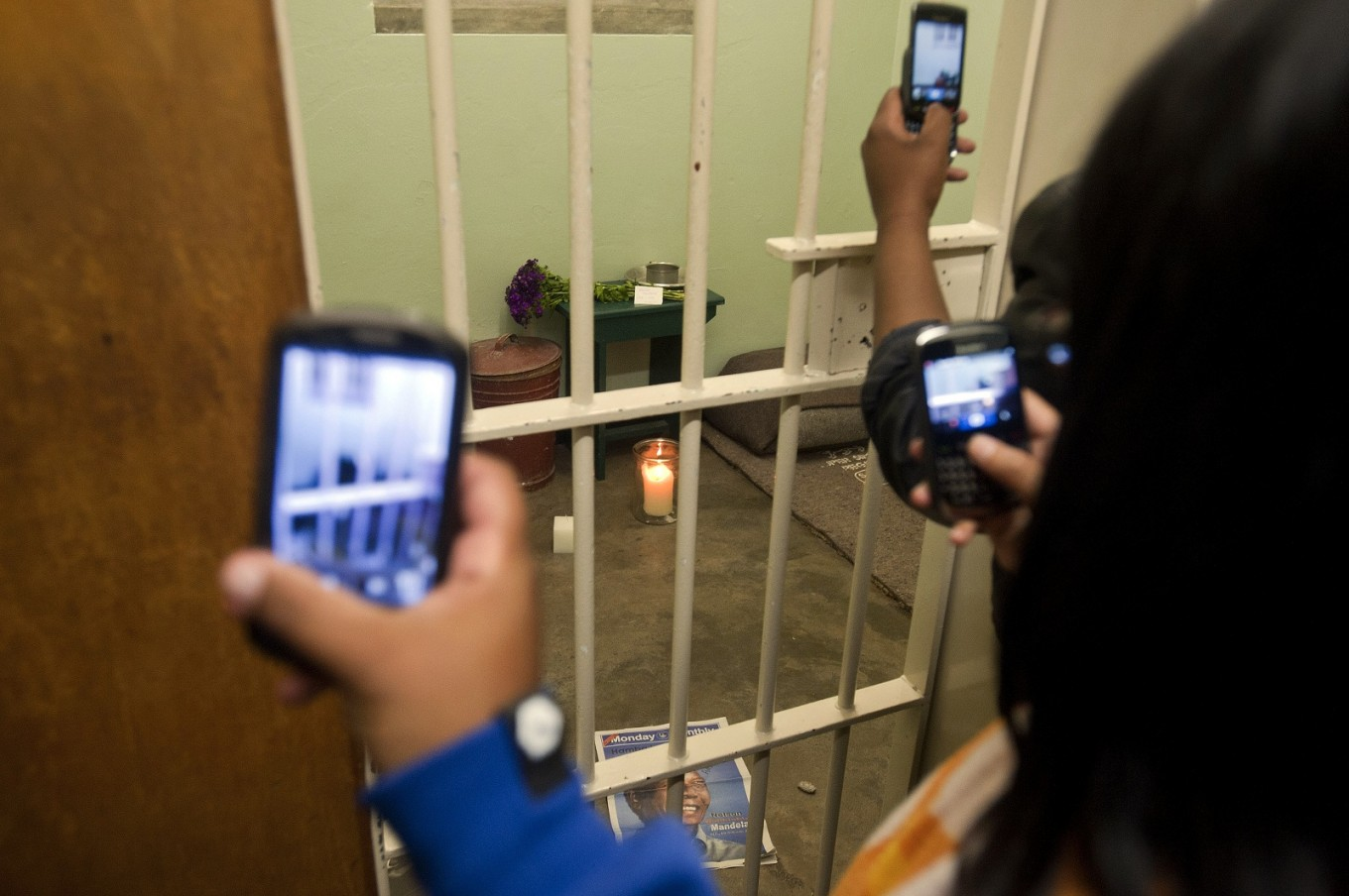 A night in Mandela's prison cell - yours for $300k