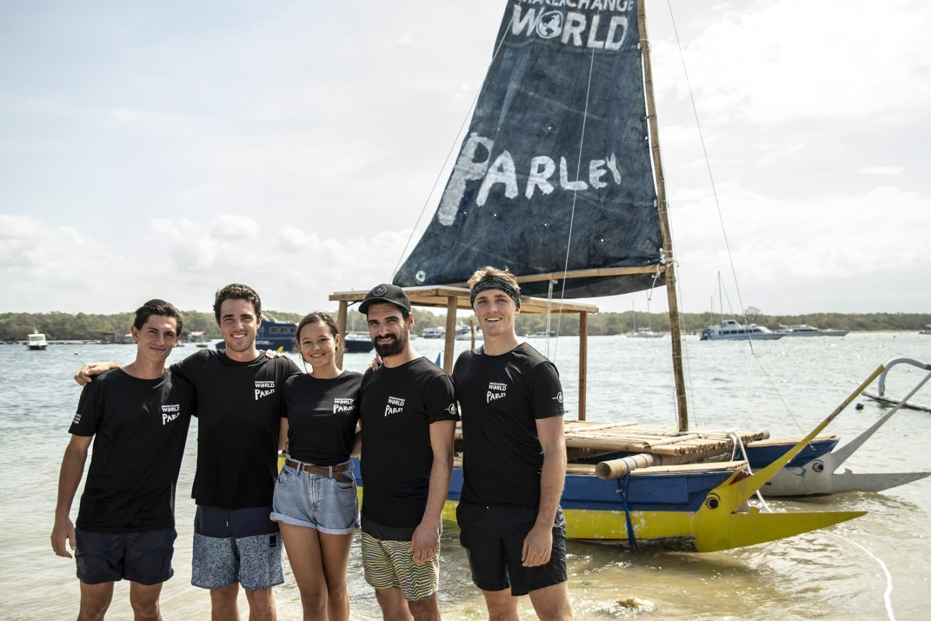 Young activists to circumnavigate Bali on up-cycled 'jukung'