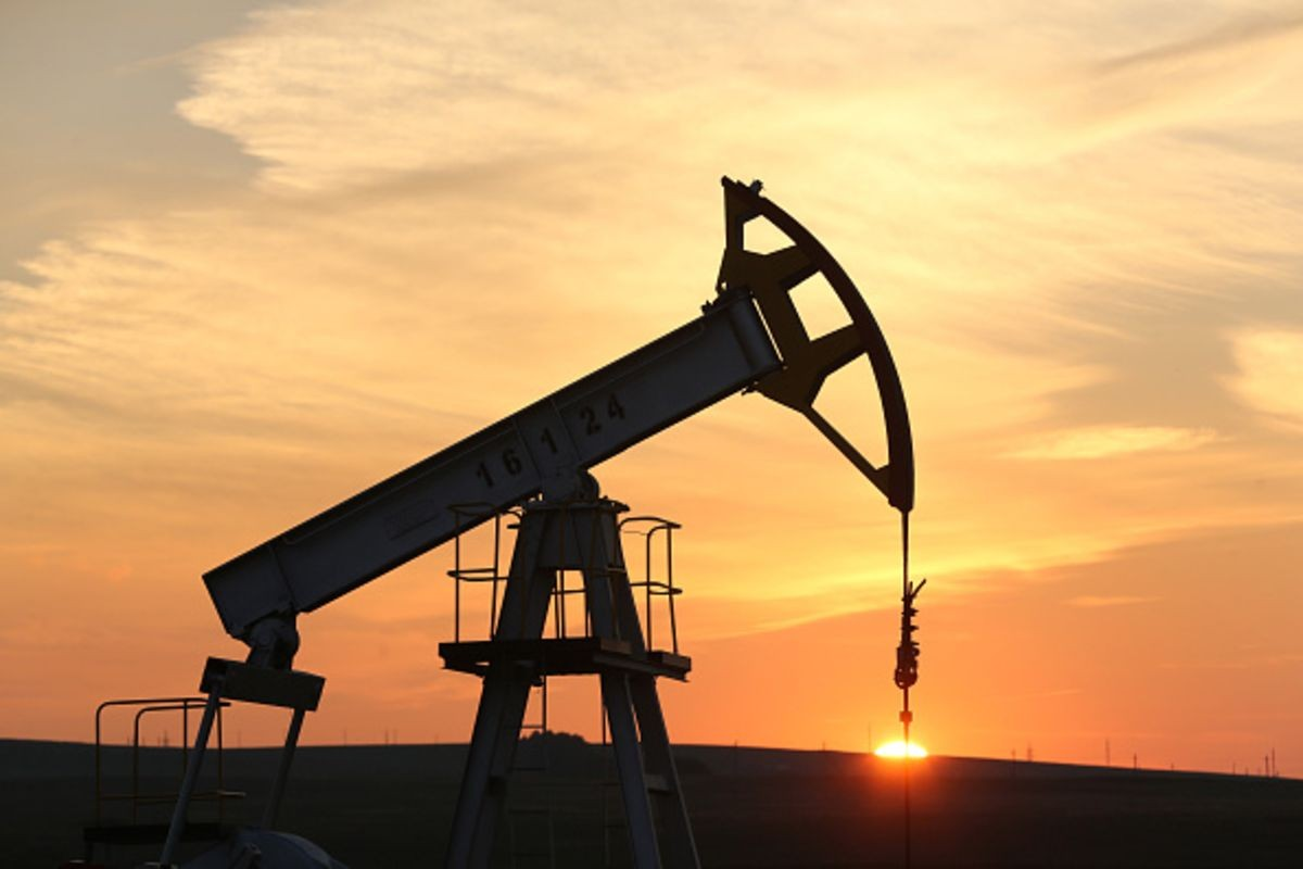 Sales purchase agreements hamper efforts to reduce oil import: Official