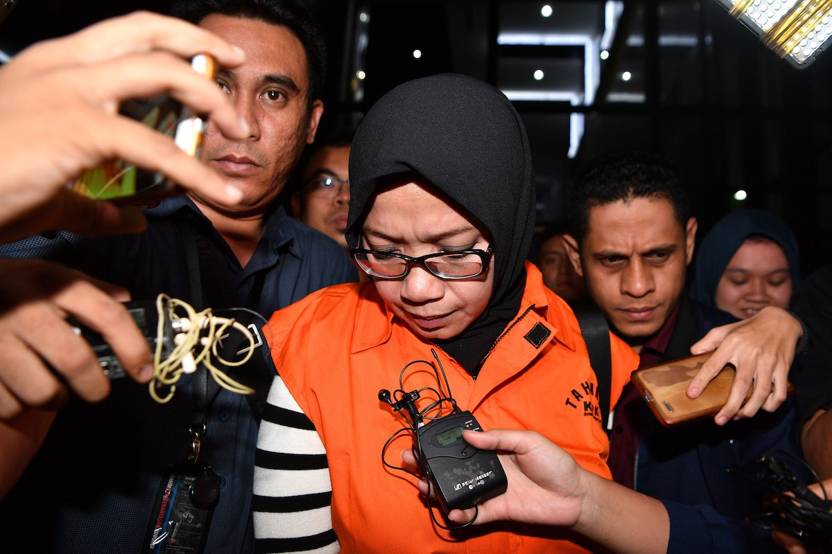 Golkar politician Eni Saragih gets six years, has political rights suspended