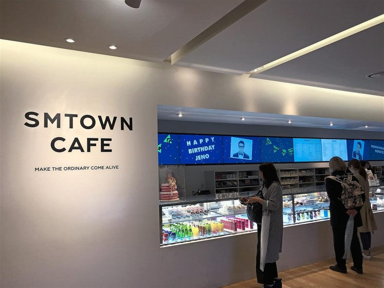 Fancy having an EXO cupcake? Then be sure to stop at the SMTOWN Cafe.