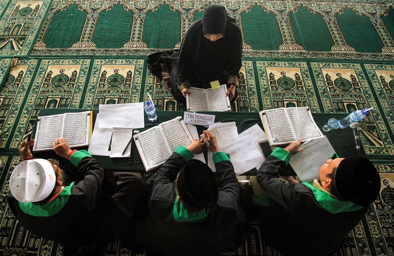 Legislative hopefuls in Aceh take Quran recitation test to contest election