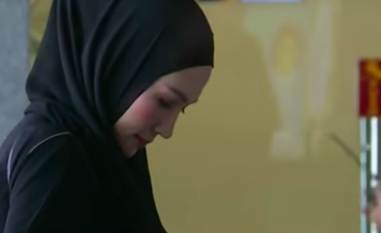 KPK questions model Steffy in Aceh graft case