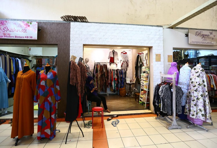 Clothing stores in the market.
