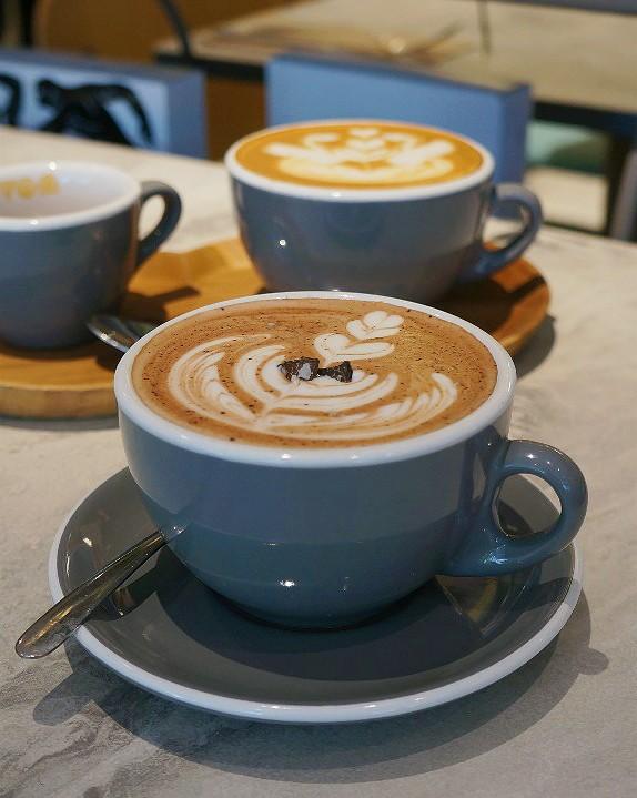 Truffle hazelnut latte from Devon Cafe Jakarta