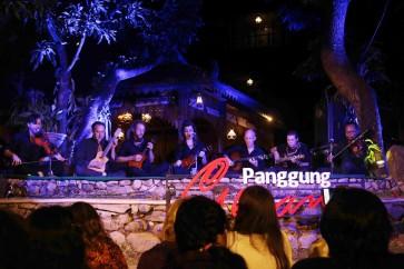 American 'kroncong' troupe mesmerizes Surakarta audience
