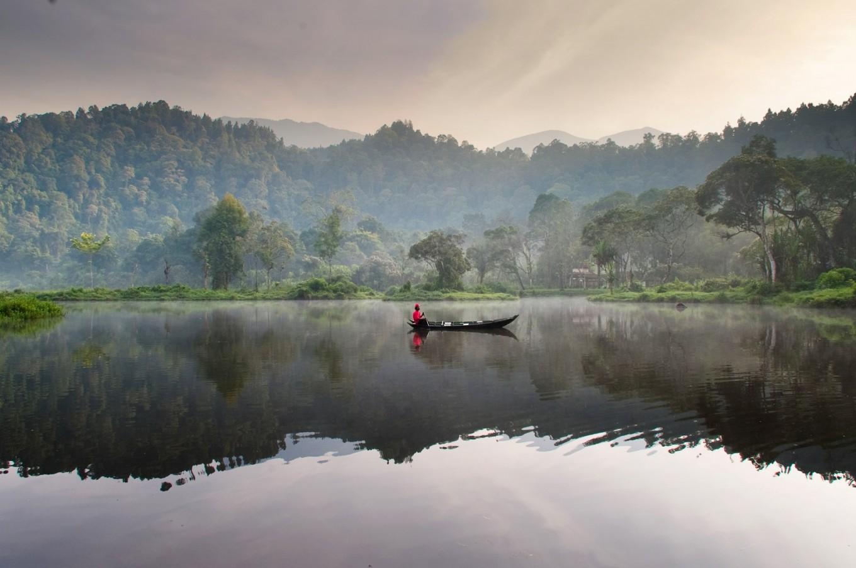 Mount Gede Pangrango hiking trail from Sukabumi closed