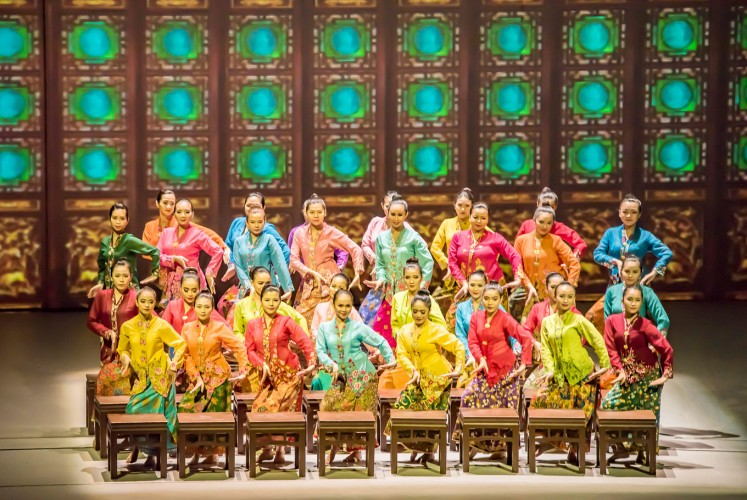 Dainty: The Baba-Nyonya (Peranakan honorific for men and women) are among the groups represented in Encore Melaka.