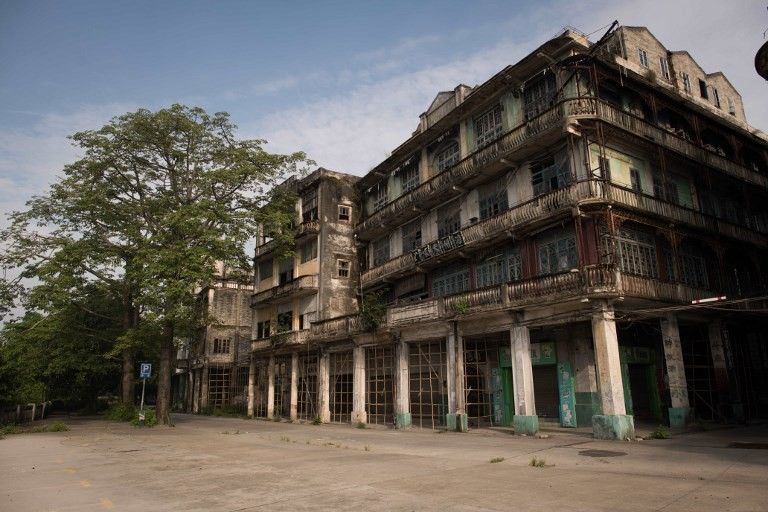 Historic Chinese town resists eviction for theme park