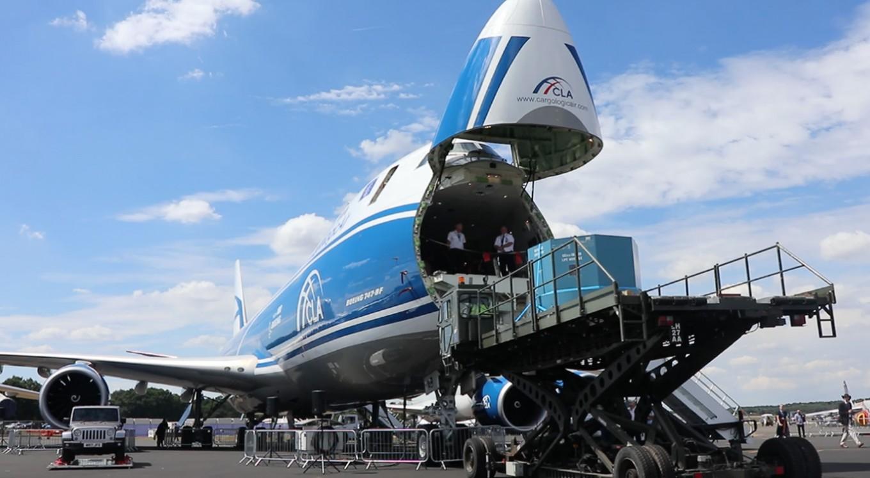 Farnborough International Airshow lacks military rivalry charm