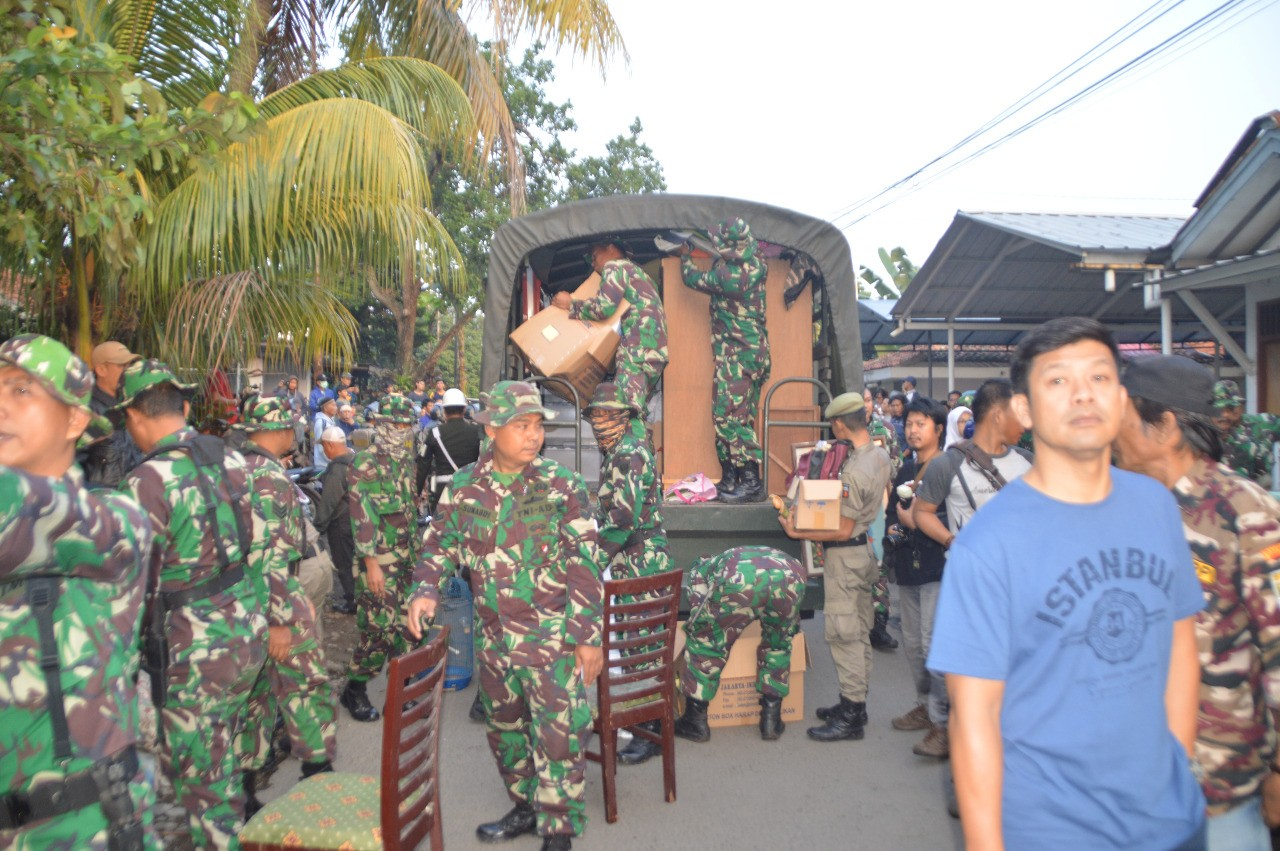 Families evicted from Bogor military housing complex