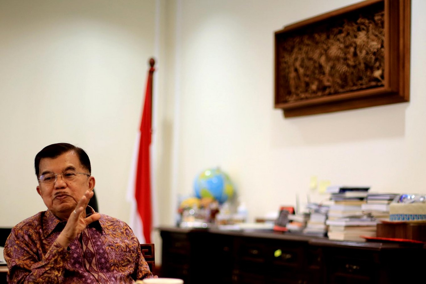 VP calls for more local content in government projects
