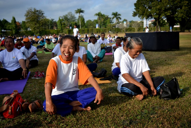 Participants of the Dharma Yoga Festival during the laughter yoga session.