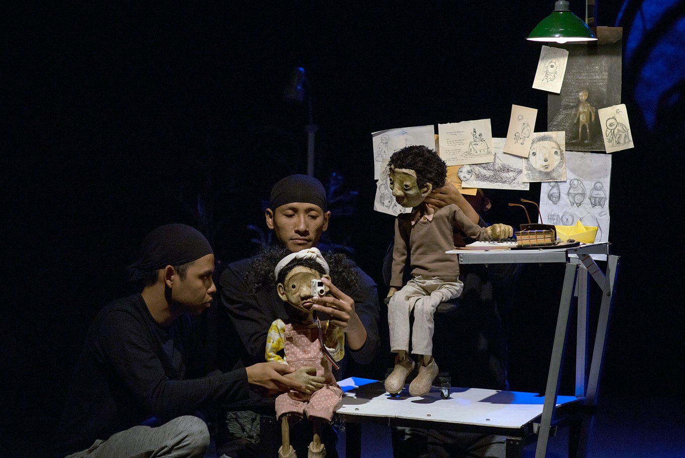 Papermoon Puppet Theater to perform in Jakarta, Bandung